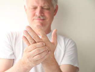 chiropractic care for numbness and tingling in Lithia
